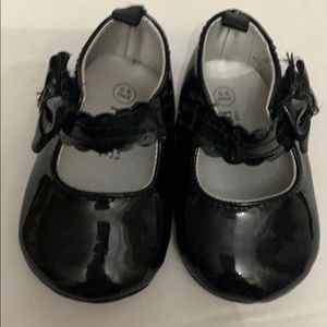 Children's Place Baby Girl Black Bow  0-6 M Shoes